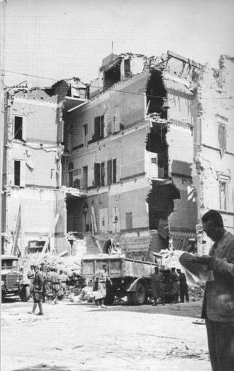 palazzo bombardato