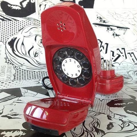 Grillo, apparecchio telefonico