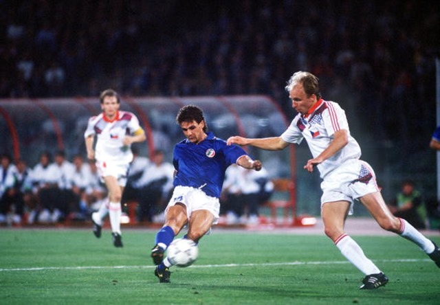 Gol_di_Baggio_contro_la_Cecoslovacchia